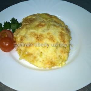 kurinaja-grudka-zapechenaja-s-pomidorom-kartofelem-i-syrom
